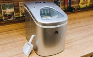 Best Countertop Portable Ice Makers Featured