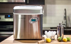 Can You Leave a Portable Ice Maker On Featured