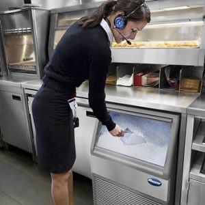 Commercial Ice Makers vs Refrigerator Ice Makers